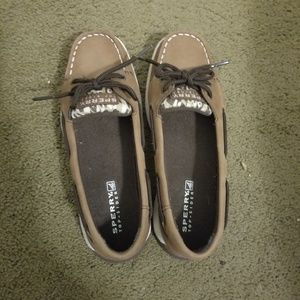 Brand New NEVER Worn Sperry Kids Boat/casual  Shoe